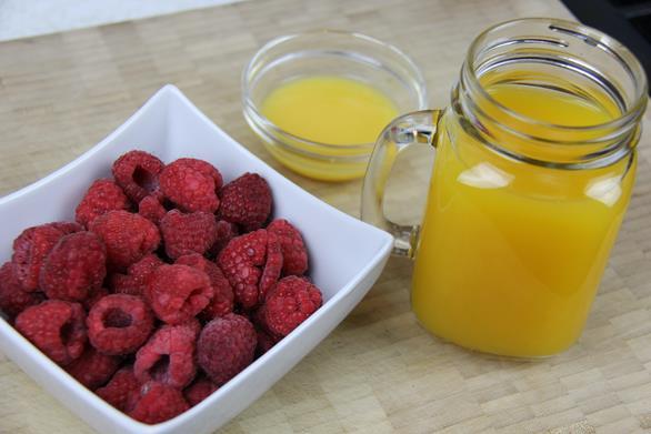 mango raspberry smoothie (1)