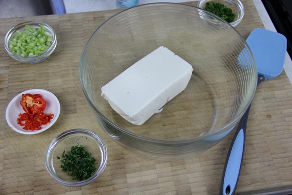 vegetable cream cheese spread (2)
