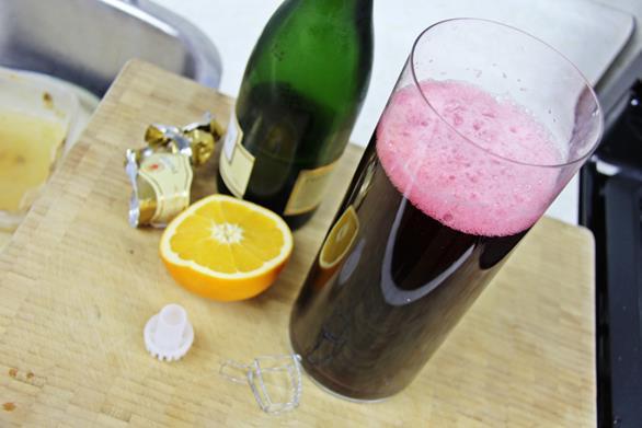 Champagne Sorrel Drink (6)
