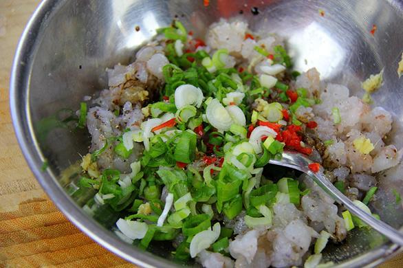 shrimp wontons (1)