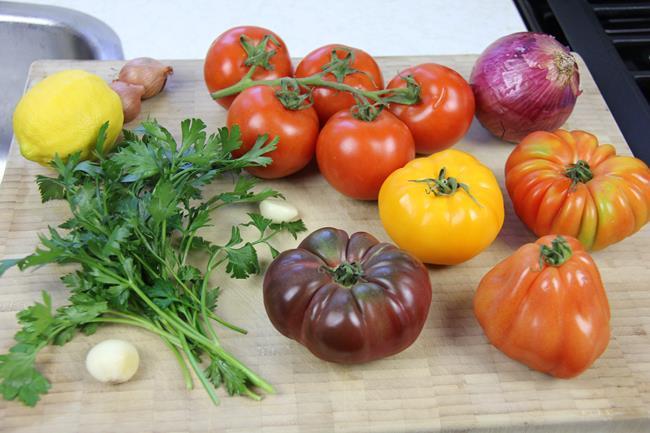 heirloom tomato salad (1)