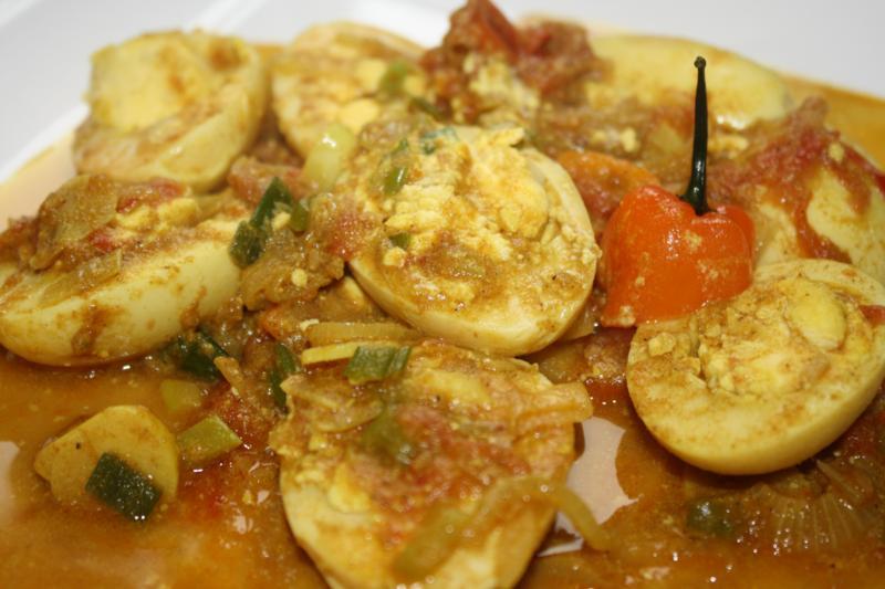 trinidad curry eeg and aloo (12)