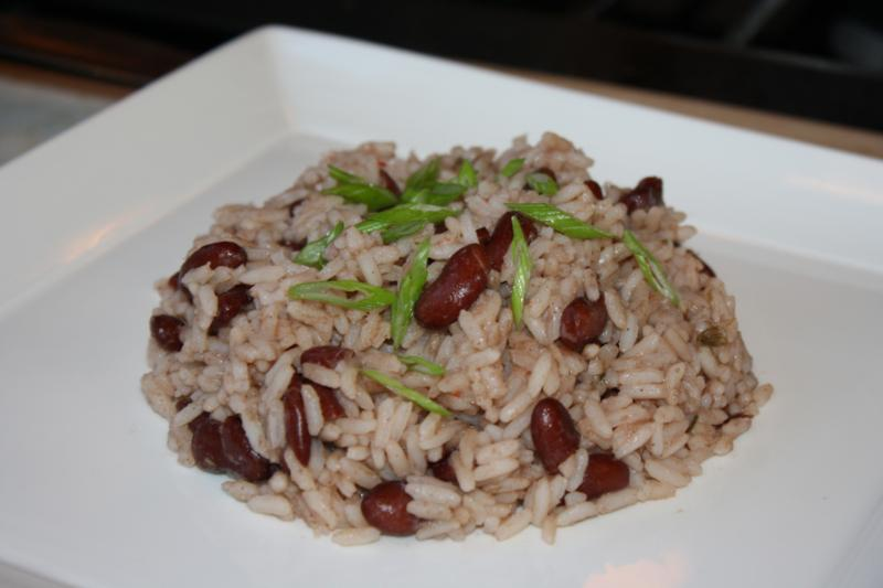 Jamaican Rice And Beans Classic island peas and rice . caribbeanpot ...