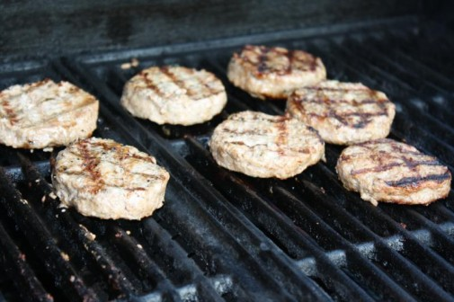 how to cook sliders on the grill