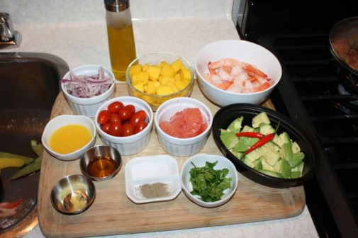 Caribbean Salads Ready To Go: Shrimp, Avocado And Mango Salad.