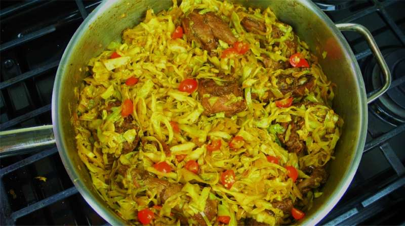 Curry cabbage with leftover caribbean stewed chicken caribbeanpot cabbage forumfinder