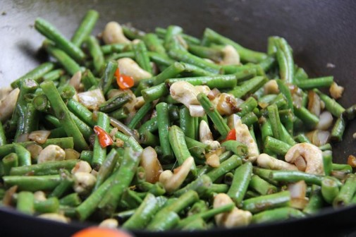 stiry fry beans with cashews (8)