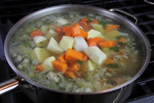chicken foot soup (8)