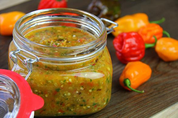 traditional caribbean peppersauce (1)