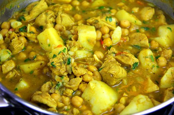 curry chickpeas with chicken (2)