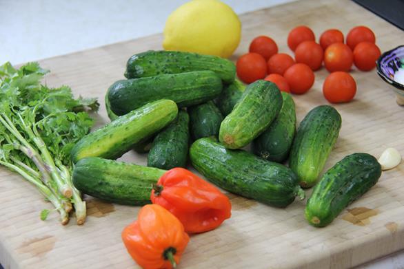 spicy cucumber salad (1)