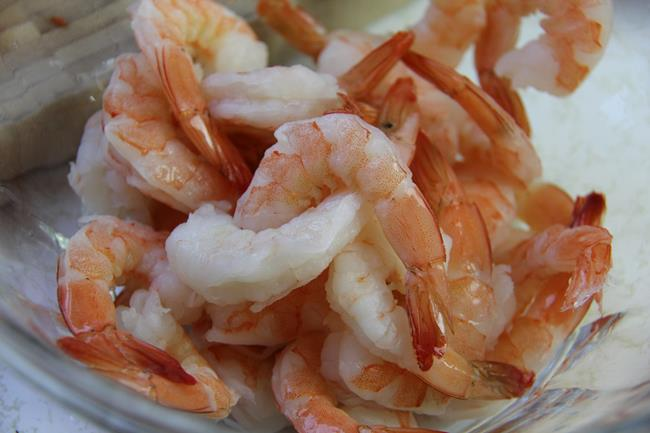 shrimp chow (2)