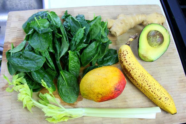 energizing green smoothie (3)