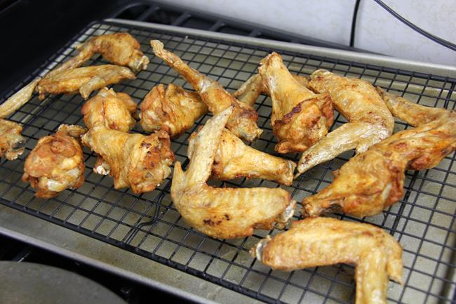 fried chicken wings (3)