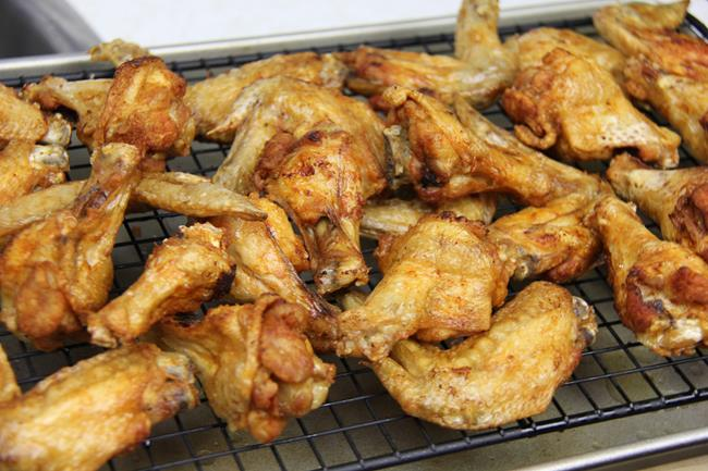 fried chicken wings (4)