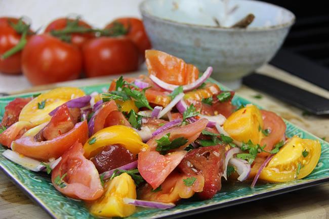 heirloom tomato salad (8)
