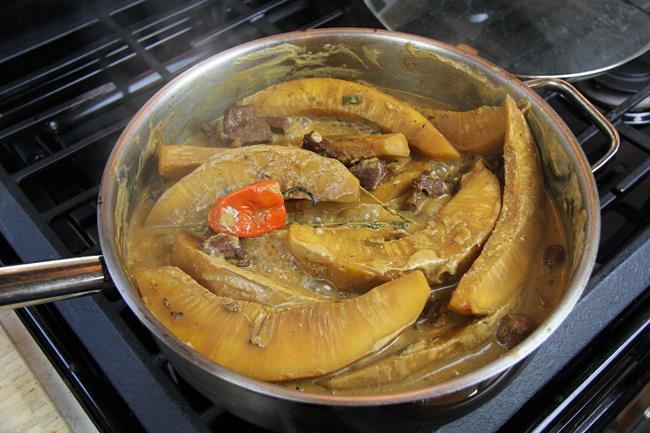breadfruit in stewed pork (9)