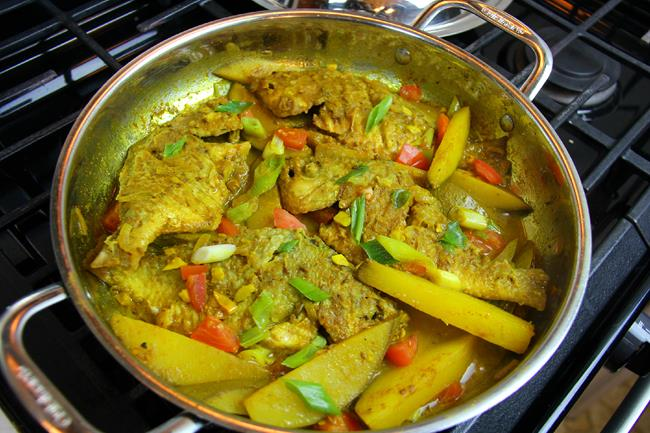 curry fish with mango (1)