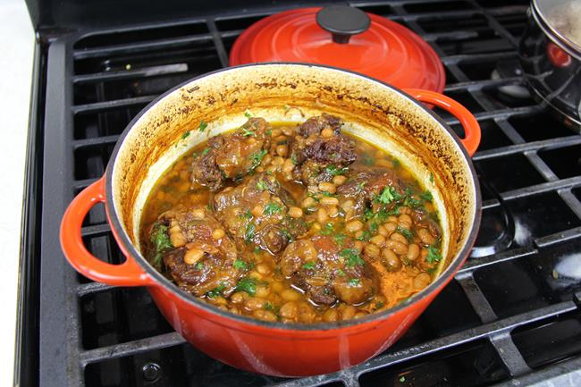 coconut stewed oxtails (12)