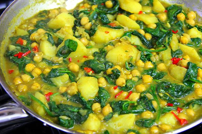Curry Chickpeas with Potato (7)
