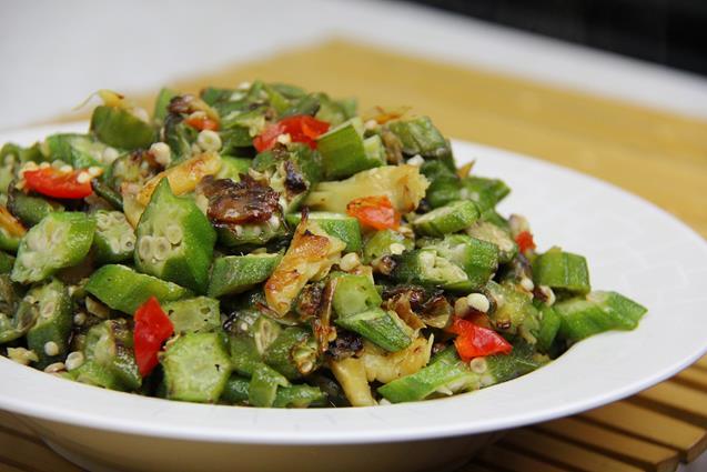 fry okra with saltfish (8)